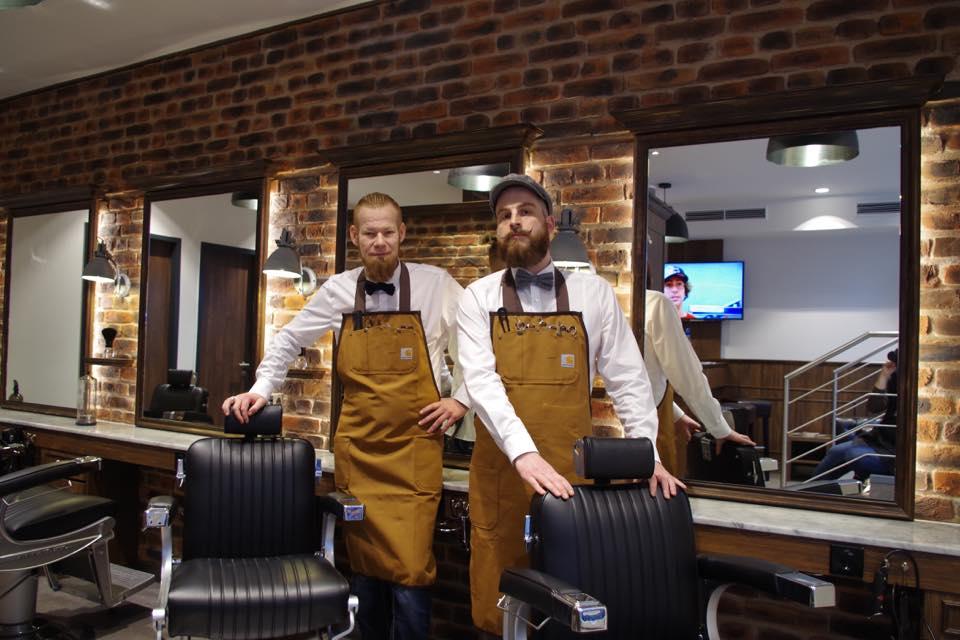 Bei barber house finden sie in hamburg und münchen ein stilvoll eingerichteten barbier,. Phil´s Barbershop - Hamburgs Barbershop in der Altstadt