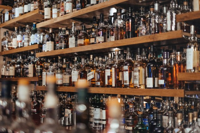 liquor license COVID-19