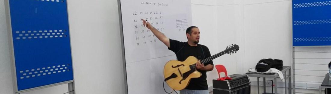 Taller de Guitarra, Paleta de Jon Damian con el Profesor Pedro Barboza
