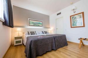 barcelona hotel camp nou Atenea aparthotel