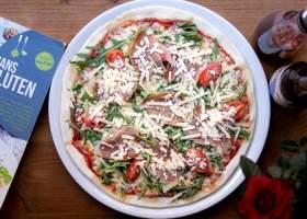 Pizza, tomaat, kaas, vlees bord