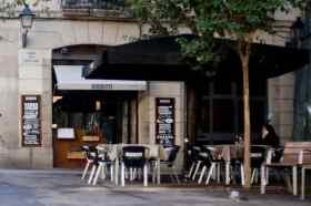 Terras buiten restaurant Bosco