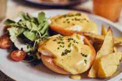 Petitbo Gerecht met kaas en brood