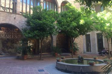 Binnenplaats bij het Museu Frederic Marès