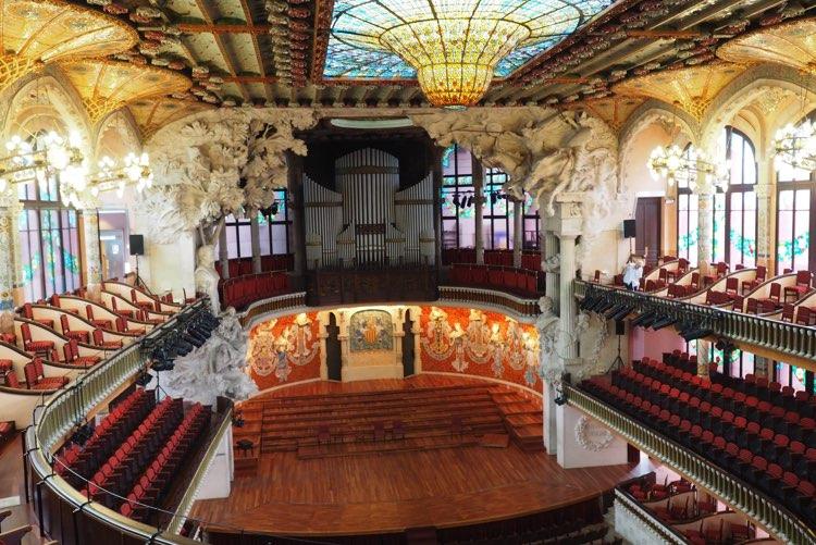 Palau de la Música in Barcelona zaal interieur