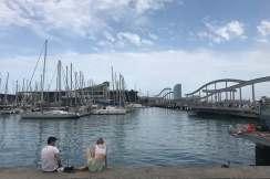 Uitzicht over de haven port vell