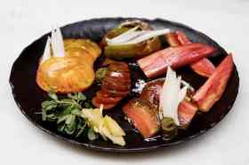 Salade met tomaat en groentes Rasoterra
