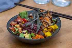 Plant-based salade Roots en Rolls