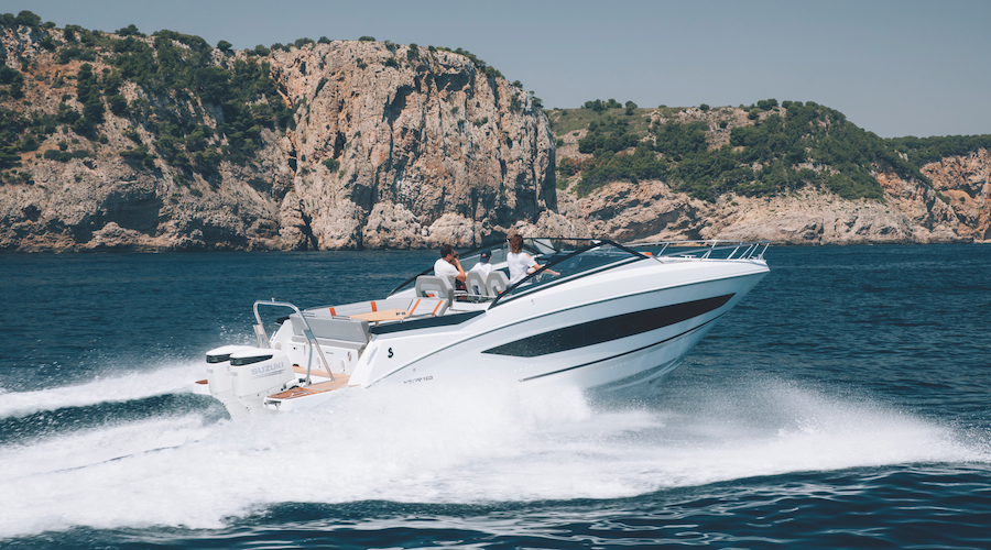 Flyer 10 by Beneteau