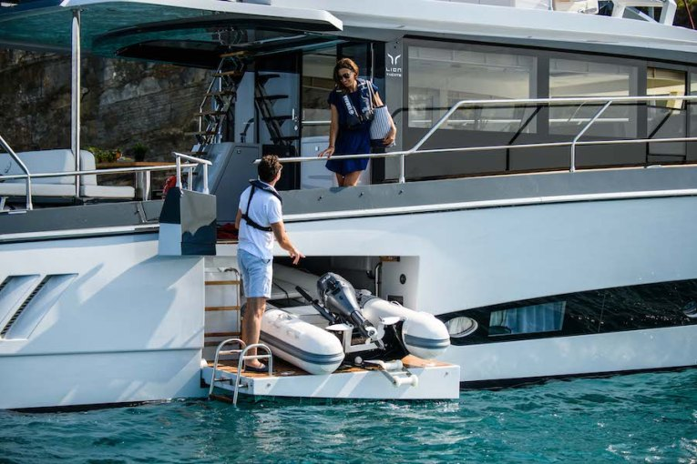 Lion Yachts Expedition 6.0