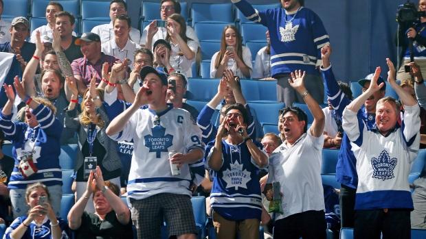 Toronto Maple Leafs fans
