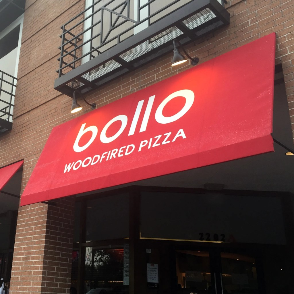 Review: Bollo Woodfired Pizza, Houston, TX