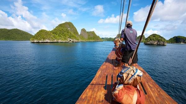 Raja Ampat season cruising