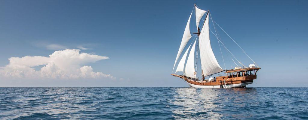 traditional schooner charter carpe diem