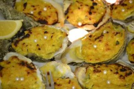 Oysters close up_small
