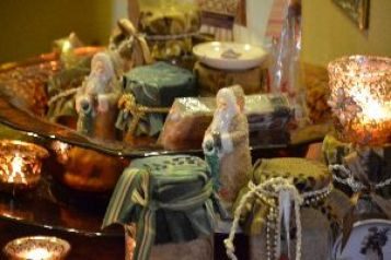 Russian tea hostess gifts by door_small