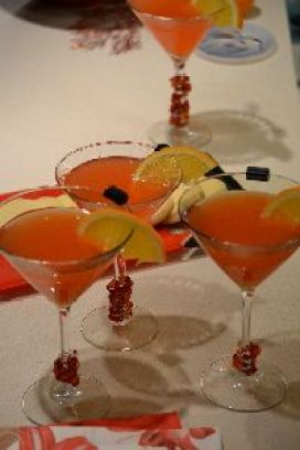 The naughty and nice cocktail_small