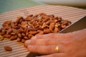 chopping the almonds_small
