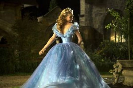 Cinderella twirling_small