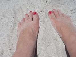 Julies sandy toes_small
