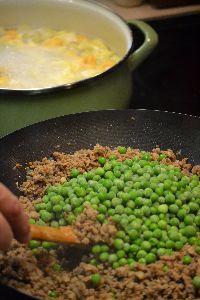adding the frozen peas_small