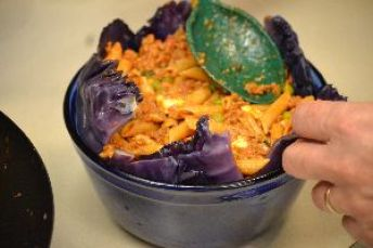 pack the mixture into the purple cabbage leaves_small