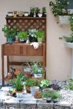 potting bench for herbs and flowers_small