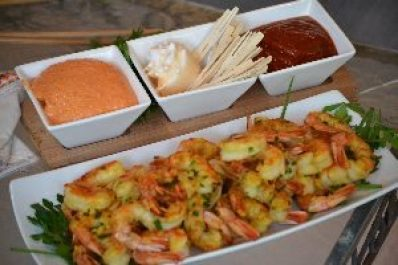 shrimp and dipping sacues_small