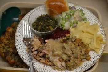 no-room-for-my-plate-but-on-top-of-the-dressing_small