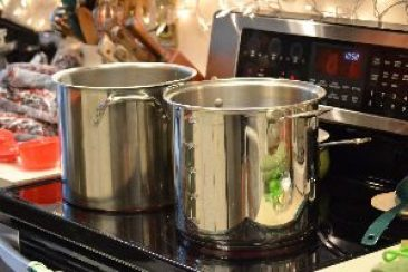 pots-on-the-stove-top_small