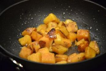 104 cooking some butternut squash_small_small