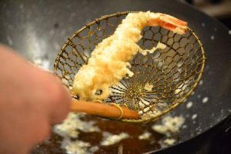 shrimp in tempua batter_small
