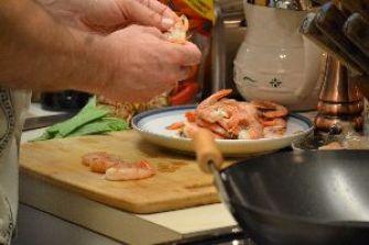 shrimp step four Gordon preparing shrimp_small