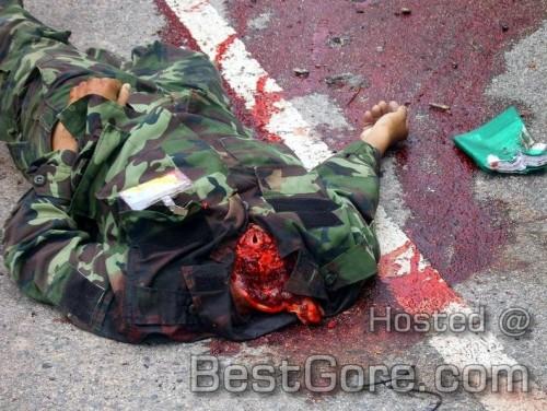 thai-soldiers-ambush-killed-muslim-jihad-narathiwat-province-01-500x376