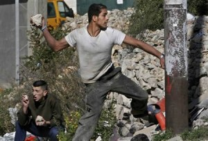 palestinian-rock-thrower