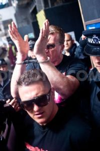 1372525175-english-defence-leagues-tommy-robinson-and-kevin-carroll-arrested_2204809