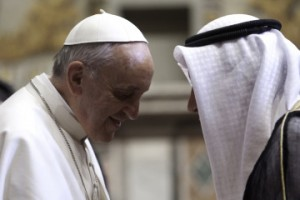 pope-with-an-Arab-envoy-300x200