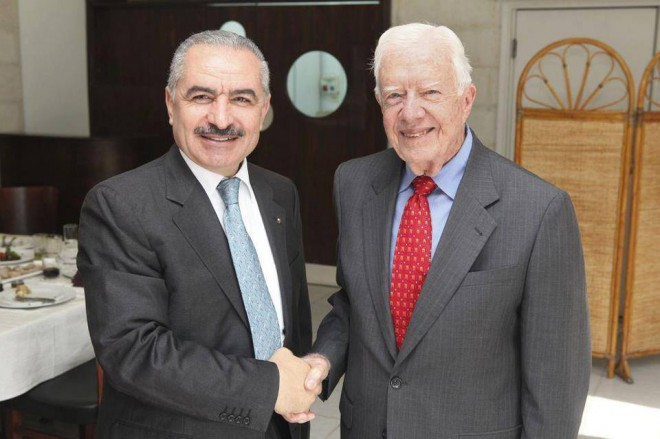 Mohammad Shtayyeh with notorious Hamas-supporter Jimmy Carter