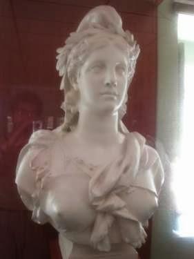 Marianne, sans burqa