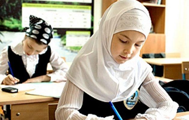 HijabRussiaStudent__400x250