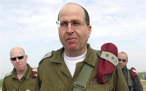 Moshe Yaalon, el ministro de Defensa israelí,