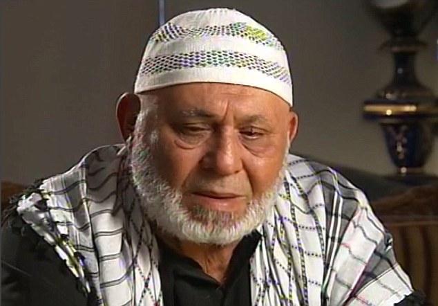 """Su padre, Mohammed Karroum, dijo que su hija era """"hermosa"""", y parrilladas y discotecas le gusta"""