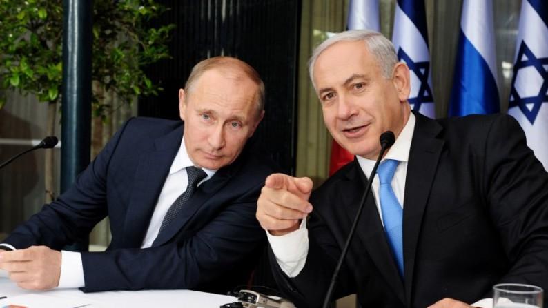 """""""Ahí va otra vez, Vlad, Obama está tratando de actuar como un tipo duro"""""""