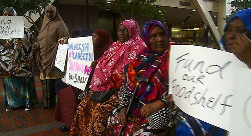 Somali Muslims demand more funding for their free halal food bank