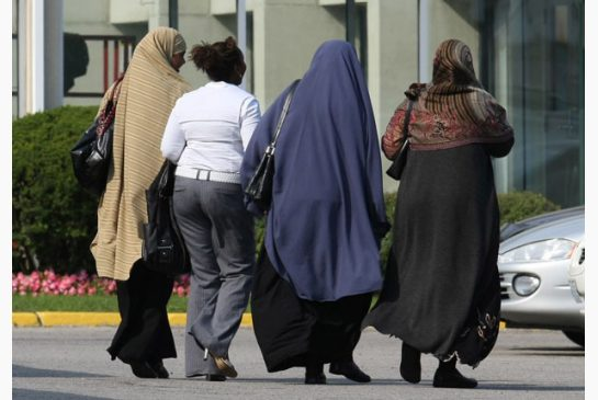 ups_dress_code_case_settled_muslim_women_dress_codetoronto_star