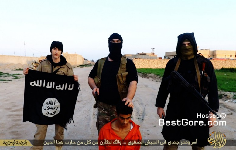 chechen-isis-execute-group-orange-jump-suits-plus-beheading-iraqi-soldier-07-1024x652