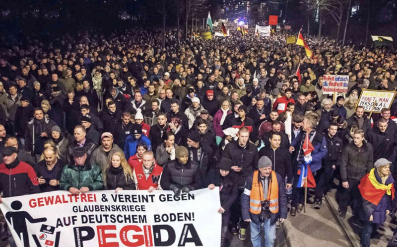 Tens of thousands turn out for PEGIDA rallies in Germany