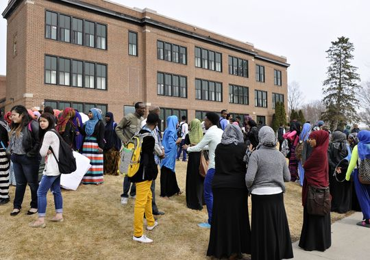 635622900546401978-St-Cloud-Somali-protest-3