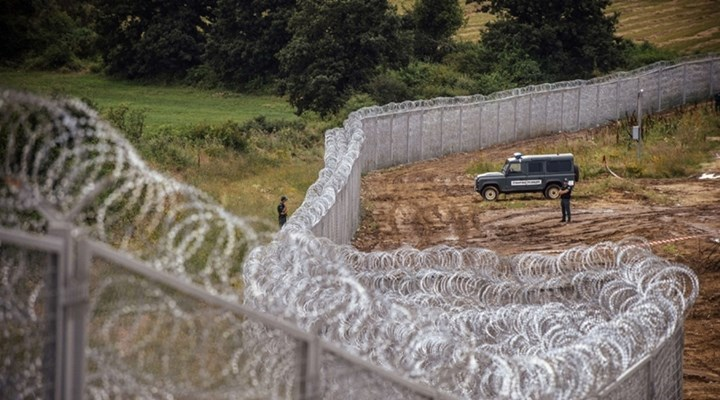 bulgaria-to-build-wall-with-turkeys-border-to-keep-out-illegal-immigration_4891_720_400