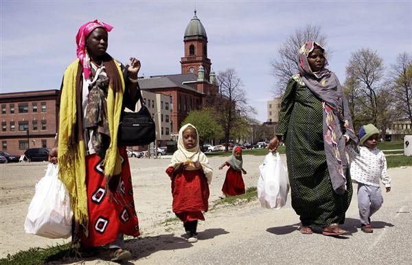 This is what Somali Muslims bring to America - welfare queens who refuse to assimilate